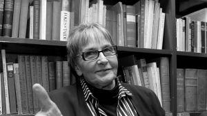 Näyttelijä Marja Korhonen.