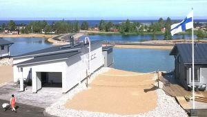 Kuvassa näkymä merelle Kalajoen loma-asuntomessuilta
