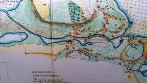 Vuorineuvos Emil Sarlinin tilaama kartta esittää Kirkkosalmen alkuperäisessä asussaan.