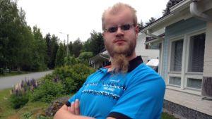 Petteri Peitso pelaa Suomen joukkueessa näkövammaisten maalipallon MM-kisoissa Espoossa.