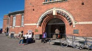 Hakaniemen halli Helsingissä.