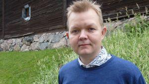 Hauhon musiikkijuhlien taiteellinen johtaja Mikko Ivars.
