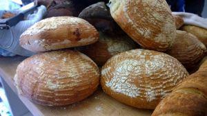 Kuvassa leipiä. Leipiinkin kaivataan uusia makuja.