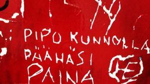 Yle news, toilet tips, osallistu, kuvajoukkoistus, vessan seinä, vessagraffiti,