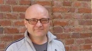 Urheilutoimittaja Tapio Suominen