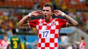Kroatian Mario Mandzukic tuulettaa.