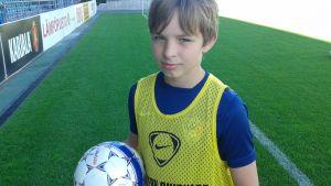 FC Interin juniorijalkapalloilija Maximus Wallenius