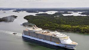 Oasis of the Seas testikierroksella Itämerellä syyskuussa 2009.