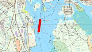 Kartta, johon on merkitty pintaan noussut vesiputki Haminassa.