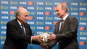 Vladimir Putin ja Sepp Blatter