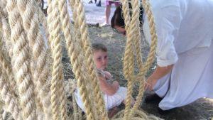 Hakkapeliittatapahtuma, lapsi ja köysiä