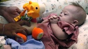 """""""Gammy""""-vauvaa hoidettiin sairaalassa Chonburin provinssissa, Thaimaassa maanantaina."""