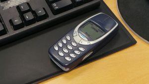 Vanha Nokian kännykkä, 3310.