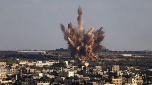 Israelin ilmaisku Al-Zaitunin kaupunginosaas Gazan itäosissa 9. elokuuta.