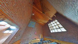 Google Street Viewin avulla netinkäyttäjä pääsee kulkemaan useissa Alvar Aallon kohteissa - mm. Säynätsalon kunnantalolla.