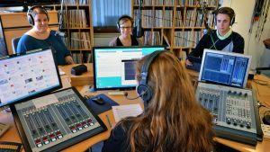 Torstaiseura Yle Tampereen studiossa
