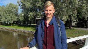 Kuvassa Kokkolan Tiikereissä kaudella 2104 aloittanut lentopalloilija Antti Ropponen.