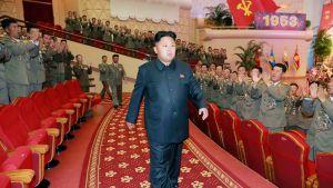 Kim Jong-un Pohjois-Korean valtion uutistoimiston heinäkuussa välittämässä kuvassa.