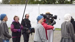 Punainen kolmio -draamasarjan kuvaukset Hämeenlinnan Vankilamuseossa