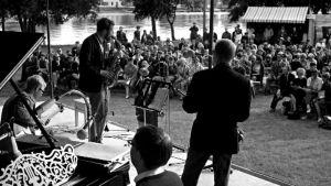 Soittajia Pori Jazzin lavalla vuonna 1966.