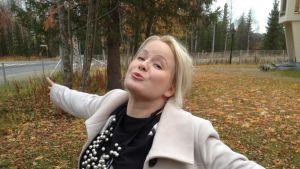 Tanja Sanila Ivalossa 6.10.2014 klo 14 jälkeen.