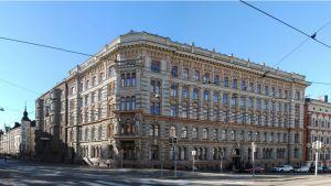 Valtio myy arvokiinteistön osoitteesta Uudenmaankatu 1-5.