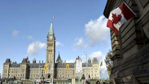 Parlamenttitalo Ottawan keskustassa.