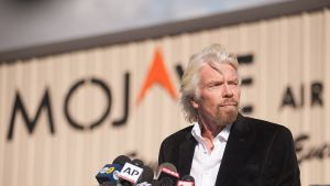 Virginin perustaja Richard Branson puhui medialle Mojavessa, Kaliforniassa 1. marraskuuta.