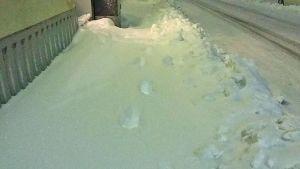 Luminen jalkakäytävä.