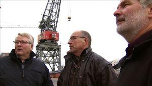 Erkki Haapaniemi (vas.), Seppo Leino ja Harri Siivonen tapaavat joka keskiviikko W46 kerhon kokoontumisessa.