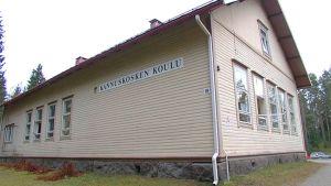 Kannuskosken koulu, Luumäki