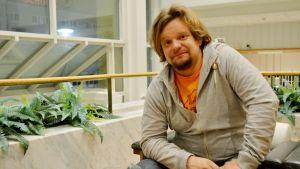 Ismo Leikola on parhaillaan kiertueella Suomessa.