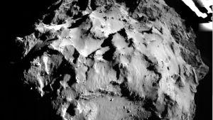 Vähän ennen laskeutumistaan komeetalle, Philae otti siitä kuvan noin kolmen kilometrin korkeudesta.