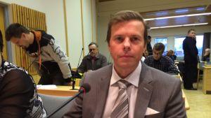 Kittilän kunnanhallituksen puheenjohtaja Timo Kurula (kesk.)
