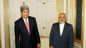 John Kerry ja  Mohammad Javad  Zarif