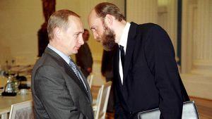 Vladimir Putin ja Sergei Pugatshjov Kremlissä Moskovassa vuonna 2000.