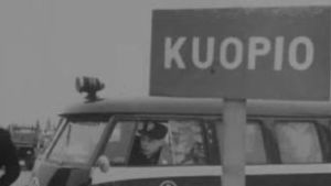 Arkistokuva poliisiautosta Kuopiossa vuonna 1965.