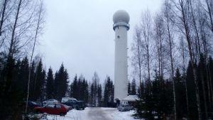 Itärajalle Kesälahdelle noussut uusi säätutka havaitsee kesäsateet jopa 250 kilometrin päästä.