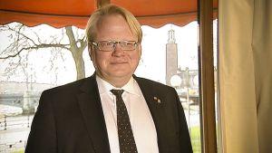 Ruotsin puolustusministeri Peter Hultqvist.