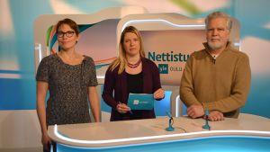 Kansanedustajat Satu Haapanen ja Martti Korhonen Yle Oulun Nettistudiossa.