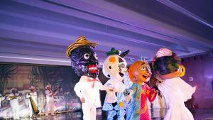 Meksikolaisia sirkushahmoja.