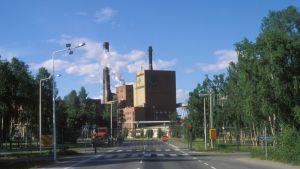 Veitsiluodon Kemin tehtaat vuonna 1984.