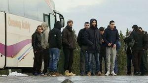 Pakolaiset protestoivat Östersundissa Ruotsissa.