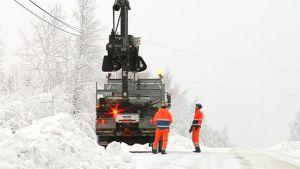 Sähkövikojen korjausta Kuopiossa sunnuntaina 4. tammikuuta.