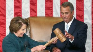 Nancy Pelosi ja John Boehner.