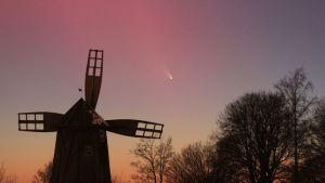 C/2011 L4 (PanSTARRS) komeetta maaliskuussa 2013
