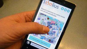 Sibelius-postikorttisovellus älypuhelimessa
