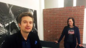 Mainostoimistossa brändätään myös poliitikkoja. Kuvassa Ville Lehtinen ja Pauliina Koivunen Mainostoimisto Kenttä