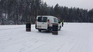 postin ajotaitokilpailu käynnissä Nokian