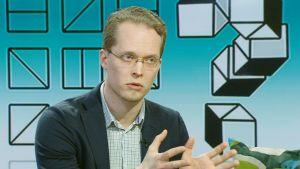 Apulaisprofessori Markus Jokela.